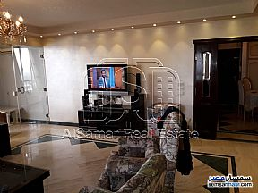 Ad Photo: Apartment 3 bedrooms 3 baths 250 sqm extra super lux in Maadi  Cairo