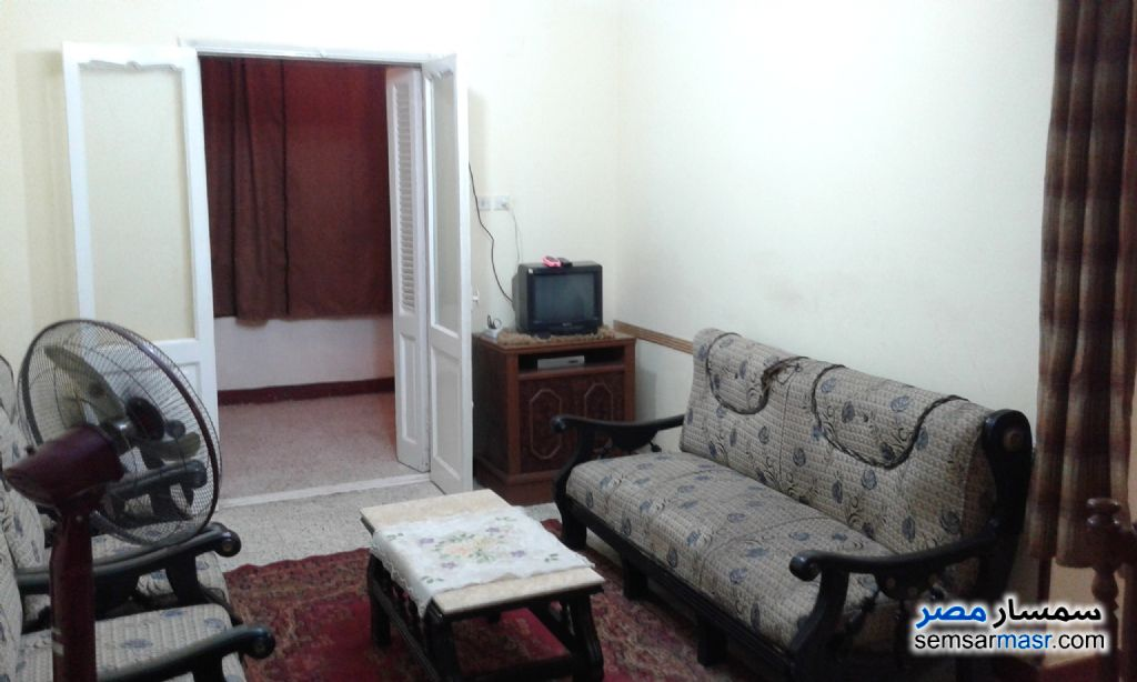 Ad Photo: Apartment 2 bedrooms 1 bath 80 sqm lux in Ismailia