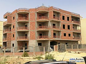 Ad Photo: Apartment 3 bedrooms 3 baths 275 sqm semi finished in Shorouk City  Cairo