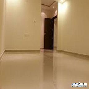 Ad Photo: Apartment 2 bedrooms 1 bath 100 sqm super lux in Zeitoun  Cairo