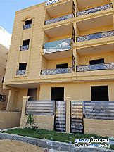Ad Photo: Apartment 3 bedrooms 1 bath 142 sqm semi finished in Shorouk City  Cairo