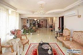 Ad Photo: Apartment 5 bedrooms 2 baths 315 sqm super lux in Kafr Abdo  Alexandira