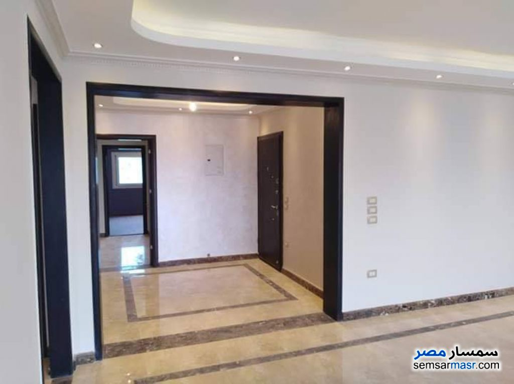 Photo 1 - Apartment 4 bedrooms 2 baths 250 sqm extra super lux For Sale Heliopolis Cairo