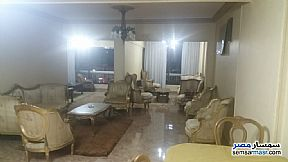 Ad Photo: Apartment 3 bedrooms 2 baths 225 sqm super lux in Zamalek  Cairo