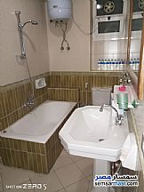 Ad Photo: Apartment 2 bedrooms 1 bath 110 sqm super lux in Zamalek  Cairo