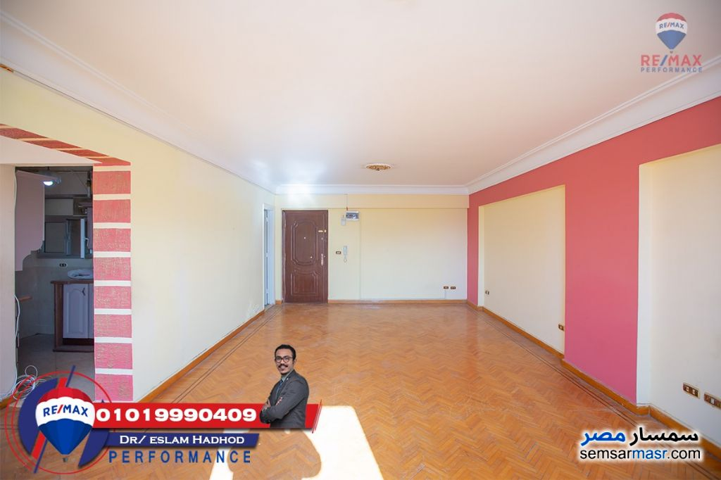Photo 3 - Apartment 3 bedrooms 2 baths 145 sqm lux For Sale Saba Pasha Alexandira