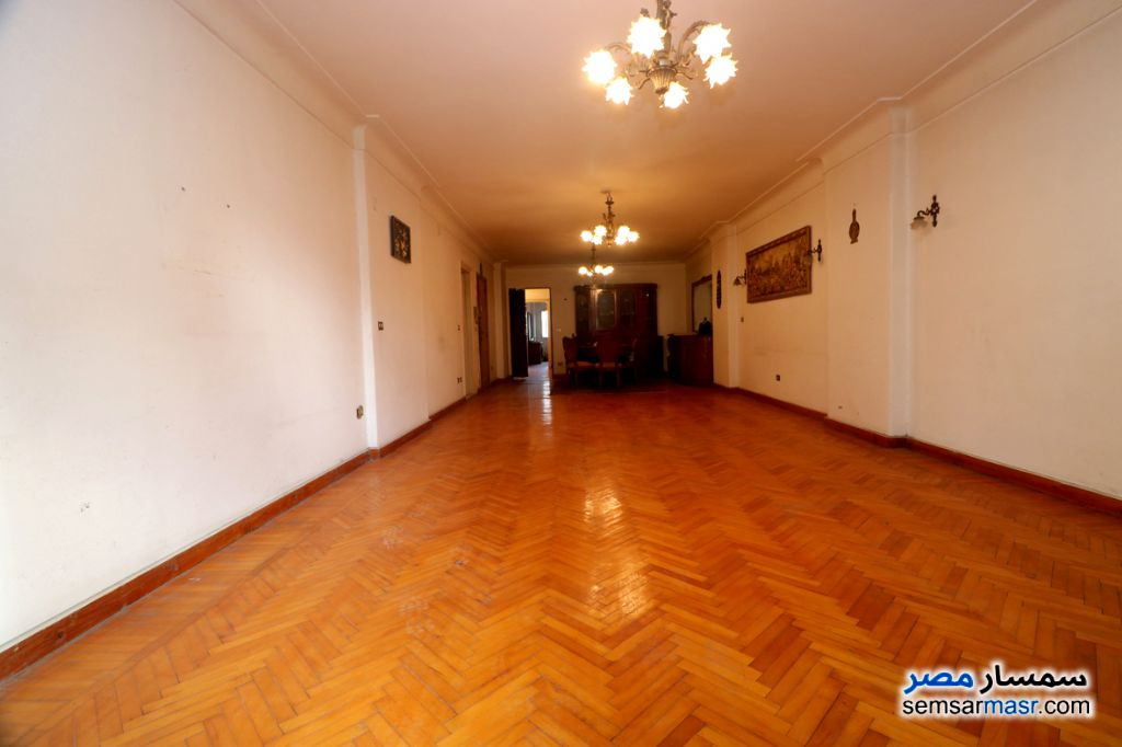Photo 2 - Apartment 3 bedrooms 1 bath 180 sqm lux For Sale Bolokly Alexandira