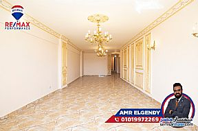 Ad Photo: Apartment 3 bedrooms 3 baths 190 sqm extra super lux in Kafr Abdo  Alexandira