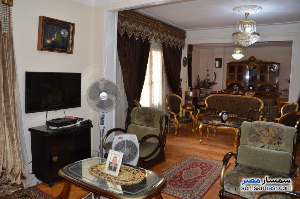 Photo 2 - Apartment 3 bedrooms 1 bath 140 sqm super lux For Sale Kafr Abdo Alexandira