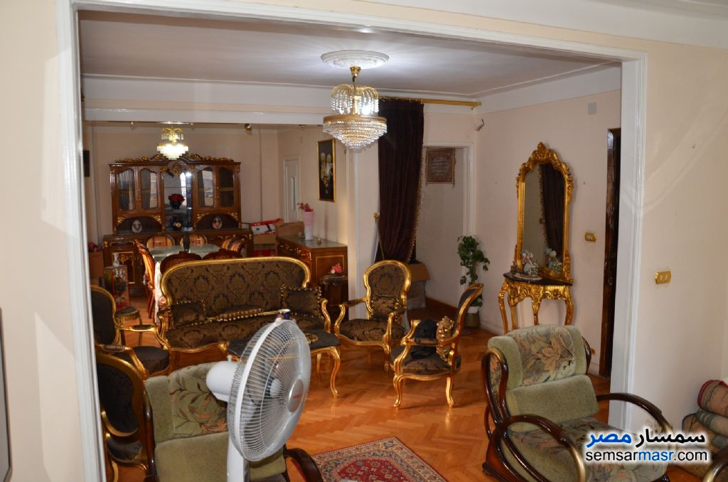 Photo 3 - Apartment 3 bedrooms 1 bath 140 sqm super lux For Sale Kafr Abdo Alexandira