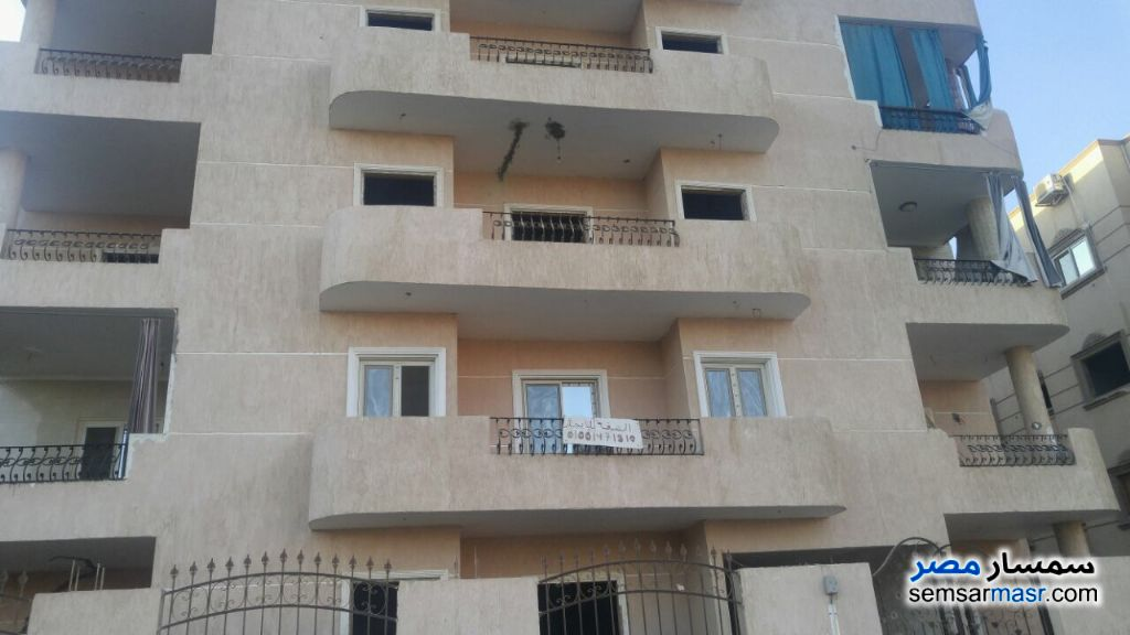 Photo 1 - Apartment 2 bedrooms 1 bath 120 sqm without finish For Sale El Ubour City Qalyubiyah