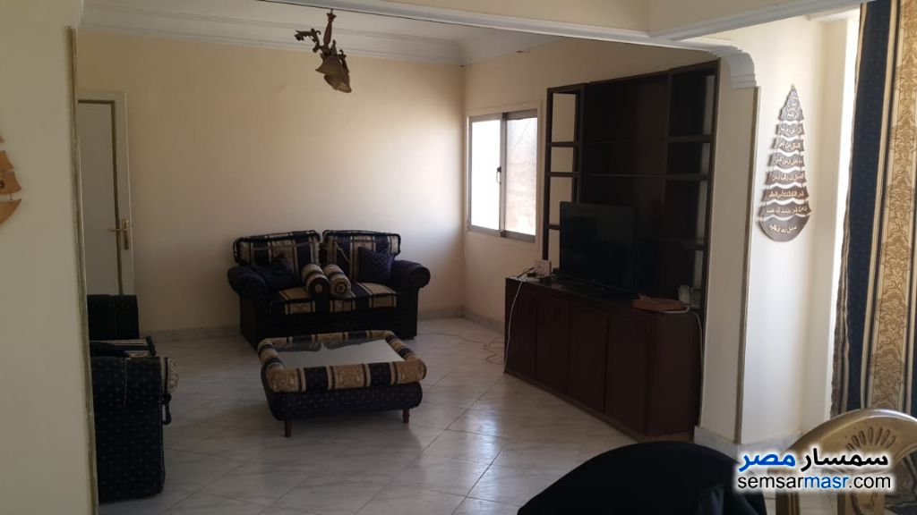 Ad Photo: Villa 3 bedrooms 2 baths 145 sqm super lux in Al Fardous City  6th of October