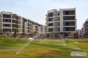 Ad Photo: Apartment 2 bedrooms 2 baths 122 sqm semi finished in First Settlement  Cairo