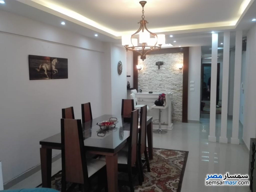 Photo 1 - Apartment 3 bedrooms 3 baths 156 sqm extra super lux For Sale Laurent Alexandira