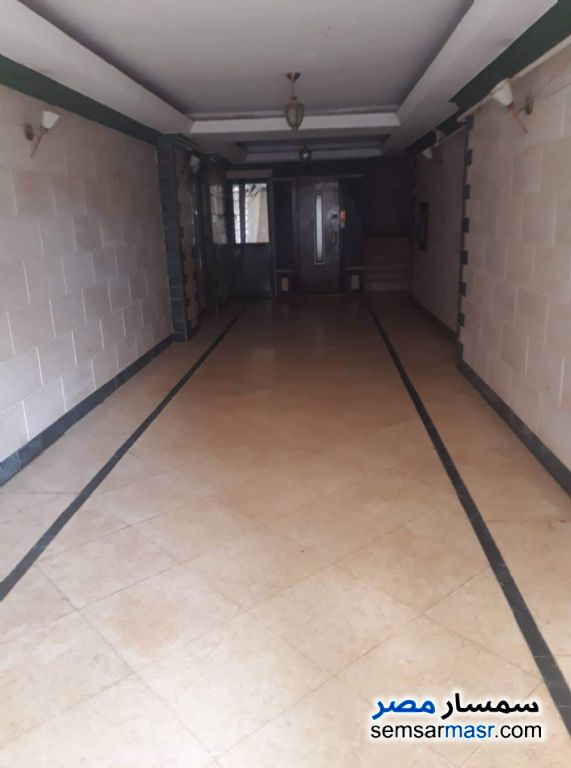 Photo 1 - Apartment 3 bedrooms 2 baths 180 sqm semi finished For Sale Hadayek Al Ahram Giza