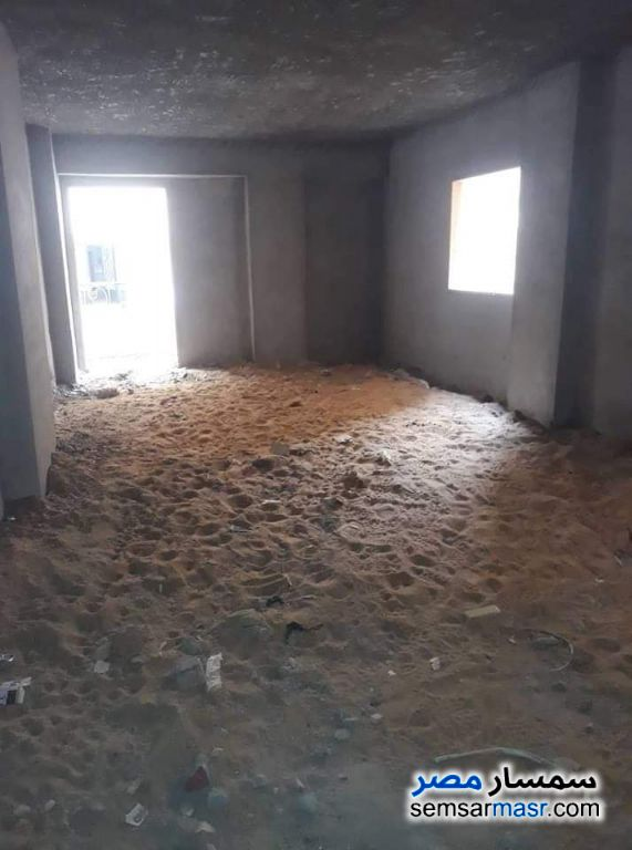 Photo 2 - Apartment 3 bedrooms 2 baths 180 sqm semi finished For Sale Hadayek Al Ahram Giza