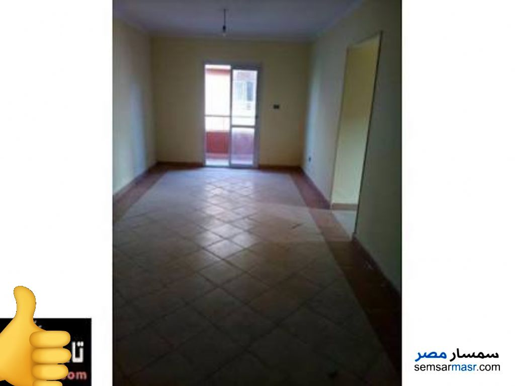 Ad Photo: Apartment 3 bedrooms 1 bath 90 sqm in halwan Cairo