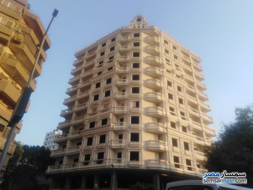 Ad Photo: Apartment 3 bedrooms 3 baths 215 sqm semi finished in Giza