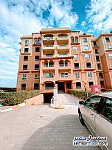 Ad Photo: Apartment 3 bedrooms 1 bath 124 sqm semi finished in October Gardens  6th of October