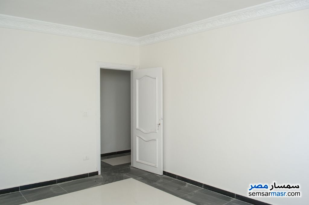 Photo 5 - Apartment 3 bedrooms 1 bath 125 sqm lux For Sale Agami Alexandira