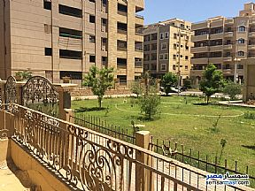 Ad Photo: Apartment 2 bedrooms 2 baths 125 sqm semi finished in First Settlement  Cairo