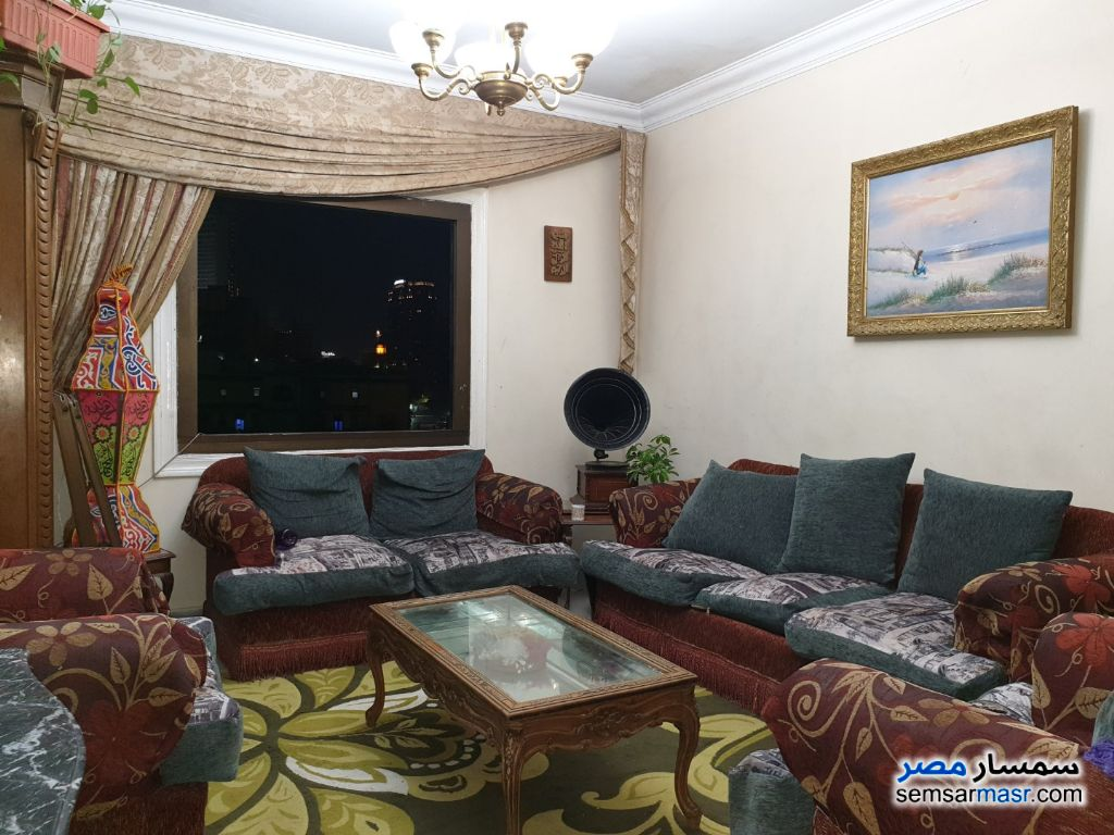 Photo 3 - Apartment 3 bedrooms 1 bath 130 sqm lux For Sale Al Manial Cairo