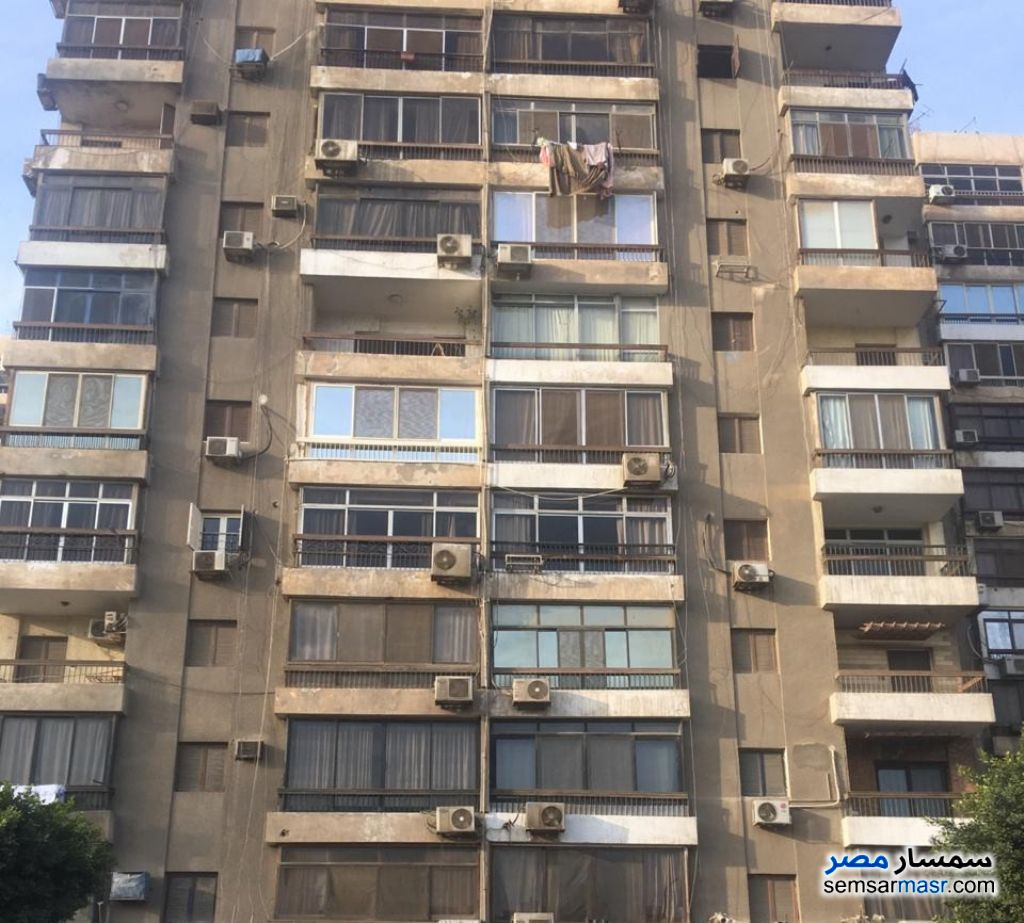Ad Photo: Apartment 3 bedrooms 2 baths 130 sqm in Egypt