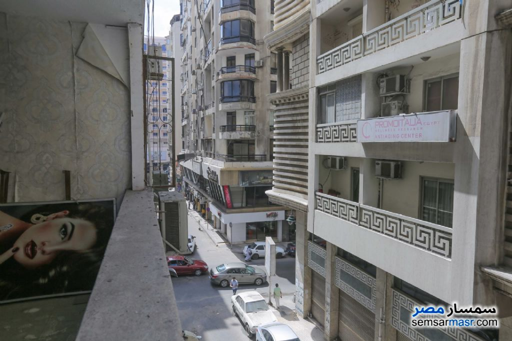 Photo 3 - Apartment 6 bedrooms 2 baths 160 sqm For Sale Roshdy Alexandira