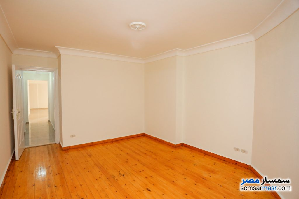 Photo 13 - Apartment 3 bedrooms 2 baths 175 sqm lux For Sale Smoha Alexandira