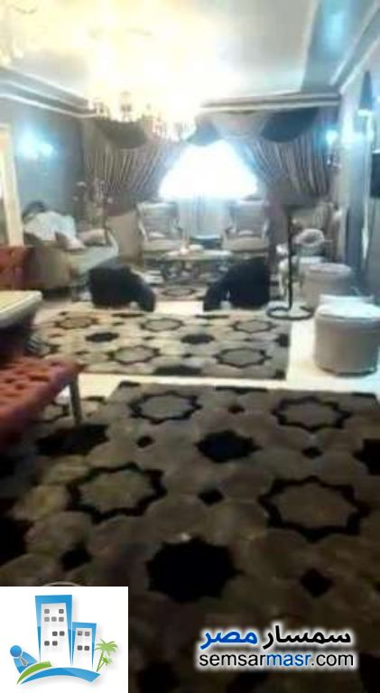 Ad Photo: Apartment 3 bedrooms 2 baths 175 sqm extra super lux in Giza