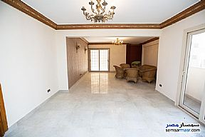 Ad Photo: Apartment 3 bedrooms 2 baths 177 sqm in Laurent  Alexandira