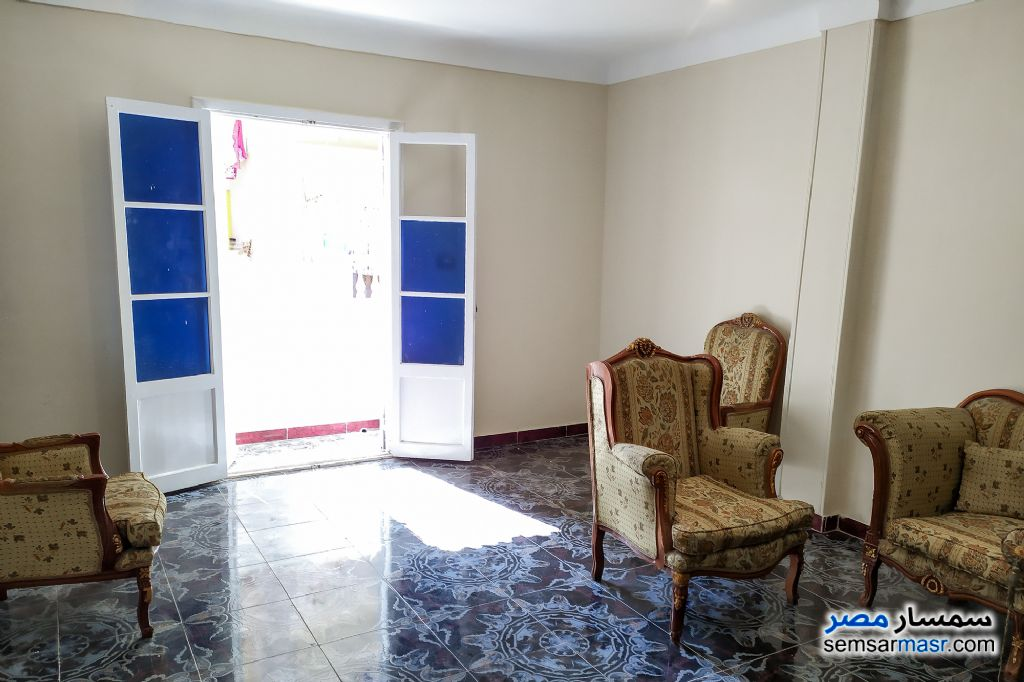 Ad Photo: Apartment 2 bedrooms 2 baths 180 sqm lux in Cleopatra  Alexandira