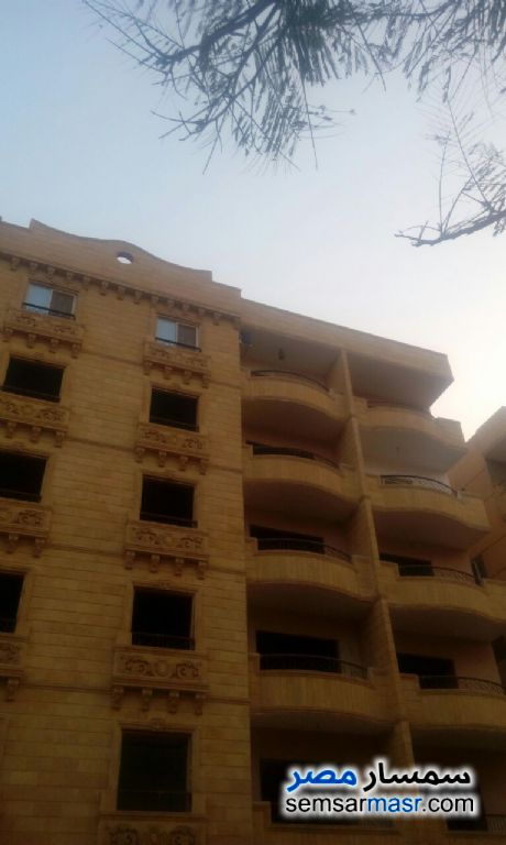 Photo 1 - Apartment 3 bedrooms 3 baths 190 sqm semi finished For Sale Hadayek Al Ahram Giza