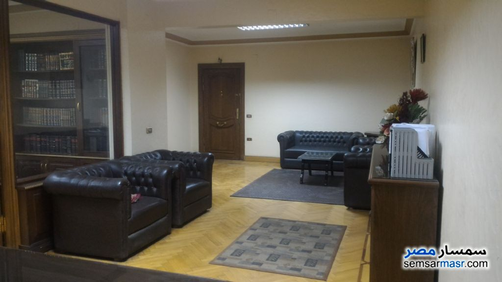 Photo 2 - Apartment 4 bedrooms 2 baths 200 sqm super lux For Sale Mohandessin Giza