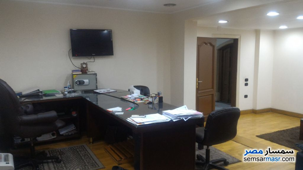 Photo 12 - Apartment 4 bedrooms 2 baths 200 sqm super lux For Sale Mohandessin Giza