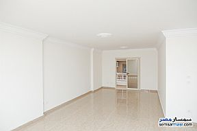 Ad Photo: Apartment 3 bedrooms 2 baths 200 sqm extra super lux in Kafr Abdo  Alexandira