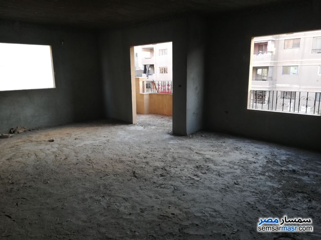 Photo 1 - Apartment 4 bedrooms 3 baths 210 sqm semi finished For Sale Mokattam Cairo