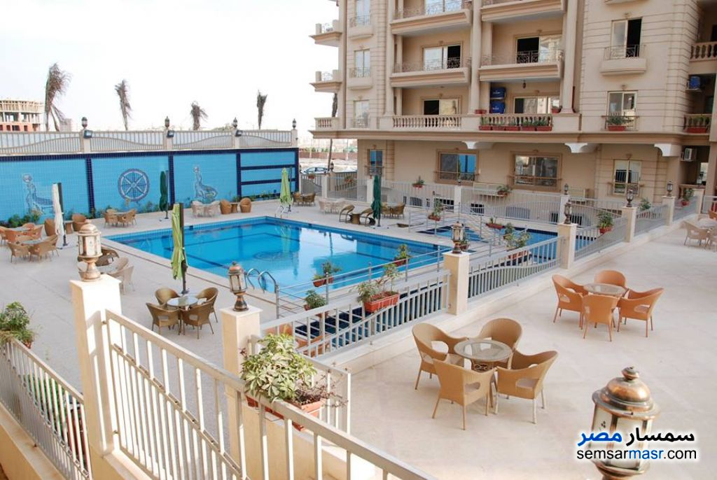 Photo 2 - Apartment 3 bedrooms 3 baths 210 sqm without finish For Sale Mokattam Cairo