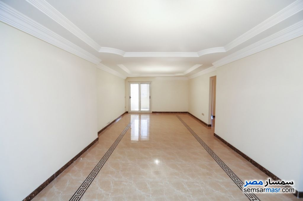 Ad Photo: Apartment 3 bedrooms 3 baths 225 sqm extra super lux in Smoha  Alexandira