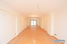 Ad Photo: Apartment 3 bedrooms 3 baths 245 sqm extra super lux in Roshdy  Alexandira