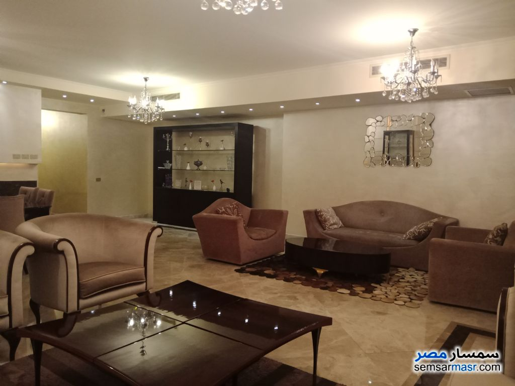 Photo 2 - Apartment 3 bedrooms 3 baths 255 sqm extra super lux For Sale Mohandessin Giza