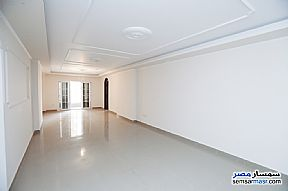 Ad Photo: Apartment 4 bedrooms 2 baths 255 sqm extra super lux in Sidi Gaber  Alexandira