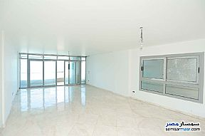Ad Photo: Apartment 6 bedrooms 3 baths 257 sqm extra super lux in Sporting  Alexandira