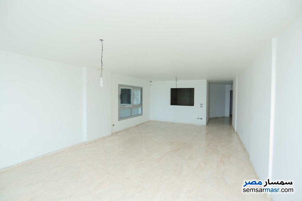 Photo 2 - Apartment 6 bedrooms 3 baths 257 sqm extra super lux For Sale Sporting Alexandira