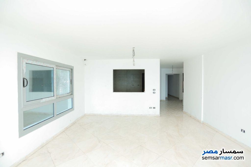 Photo 5 - Apartment 6 bedrooms 3 baths 257 sqm extra super lux For Sale Sporting Alexandira