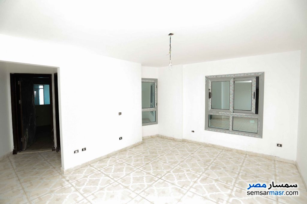 Photo 8 - Apartment 6 bedrooms 3 baths 257 sqm extra super lux For Sale Sporting Alexandira