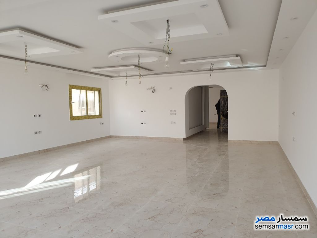 Photo 5 - Apartment 3 bedrooms 3 baths 260 sqm extra super lux For Sale Dokki Giza