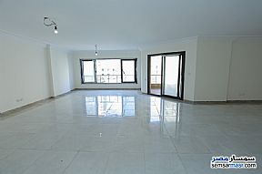 Ad Photo: Apartment 3 bedrooms 3 baths 275 sqm extra super lux in Glim  Alexandira