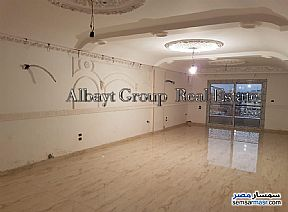 Ad Photo: Apartment 3 bedrooms 2 baths 275 sqm extra super lux in Heliopolis  Cairo