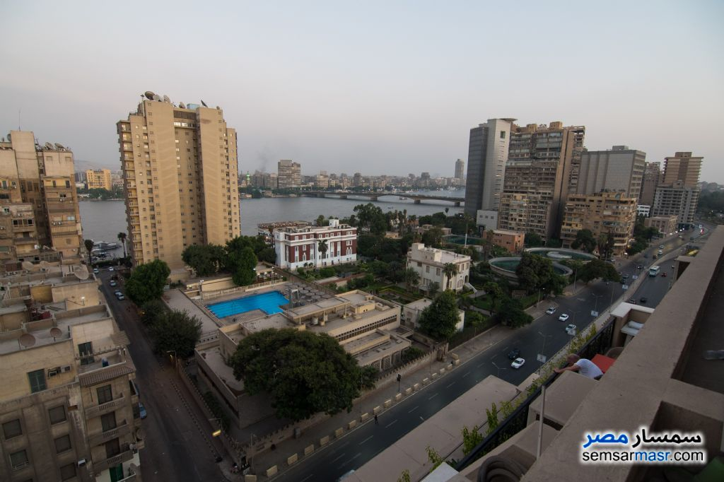 Ad Photo: Apartment 3 bedrooms 3 baths 280 sqm extra super lux in Dokki  Giza